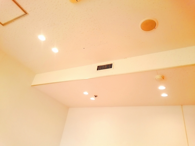 普段から天井を意識していますか?意外と知らない天井の役割