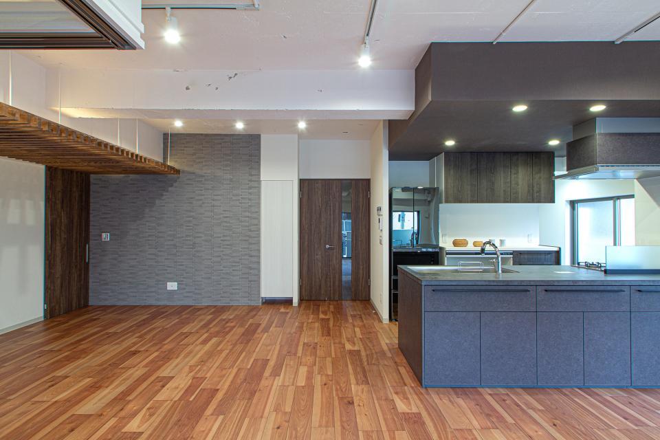 ルーバー天井の家・リノベーションマンションの写真0