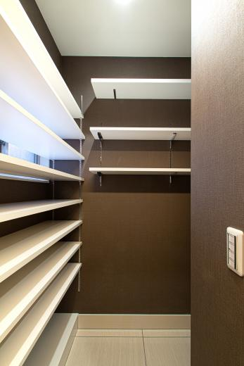 ルーバー天井の家・リノベーションマンションの写真9