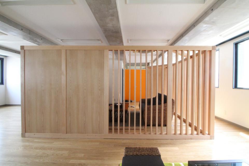 木のオフィスの写真3