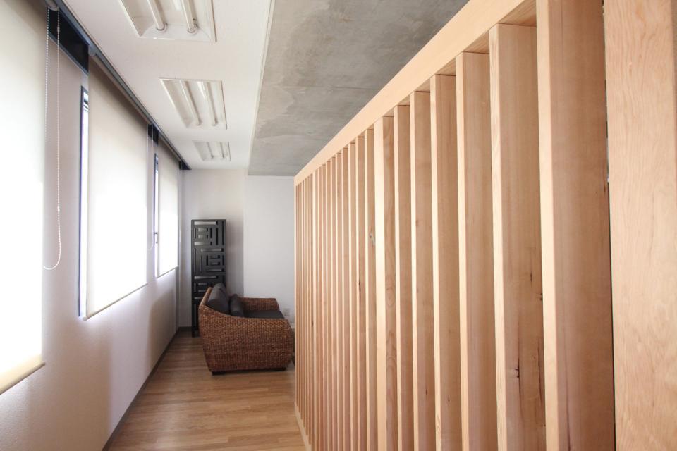 木のオフィスの写真4