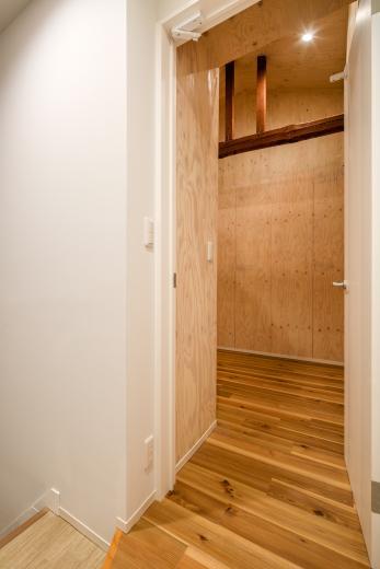 可愛らしく変わった、リノベーションアパートメントの写真5