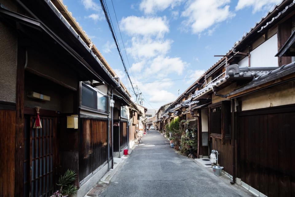 昭和小路の長屋|賃貸向け京町家のリノベーションの写真1