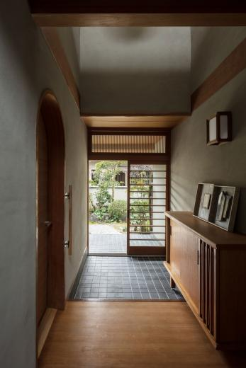 愛でる家|数寄屋風戸建て住宅のリノベーションの写真3