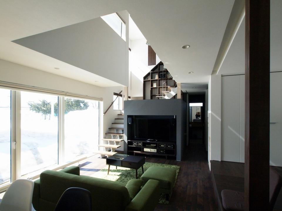 中二階が繋ぐ家の写真2