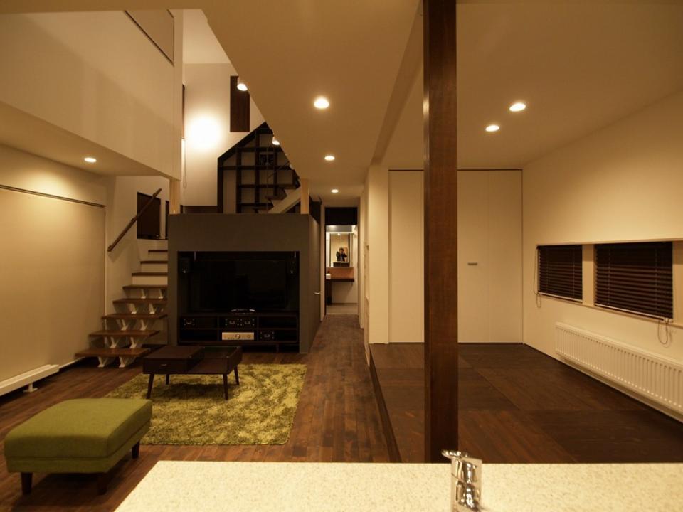 中二階が繋ぐ家の写真3