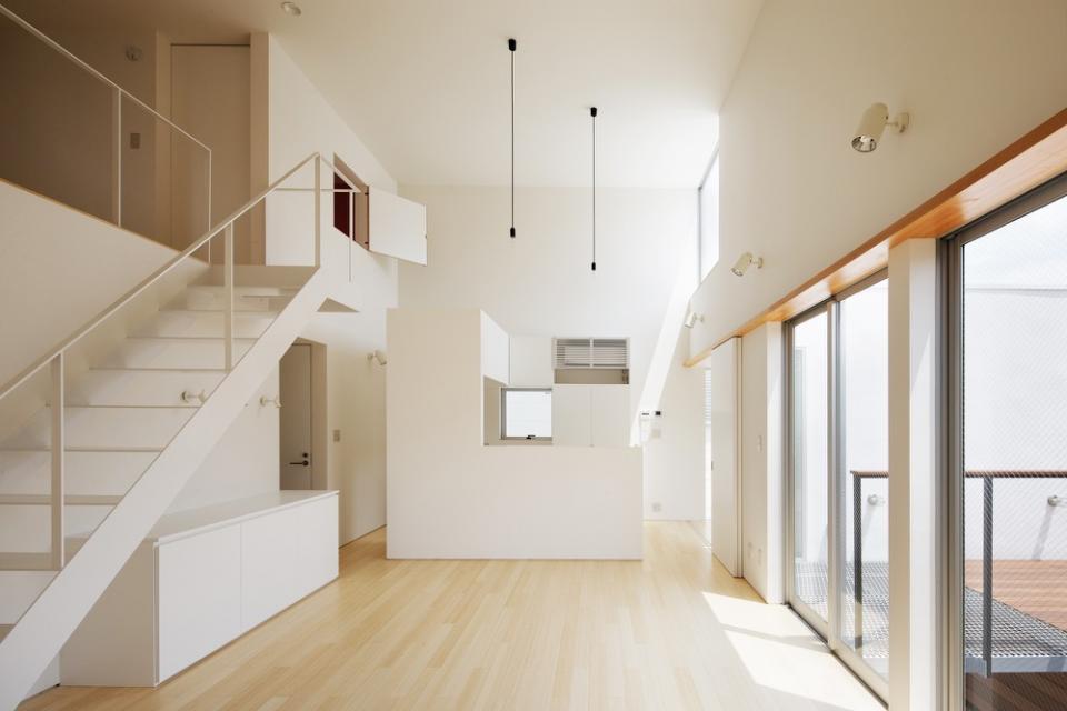 めぐり逢いのテラスを持つ二世帯住宅の写真1