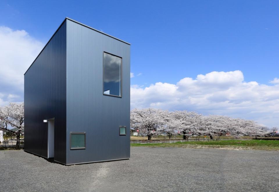 ギャラリーに住まう狭小住宅の写真0