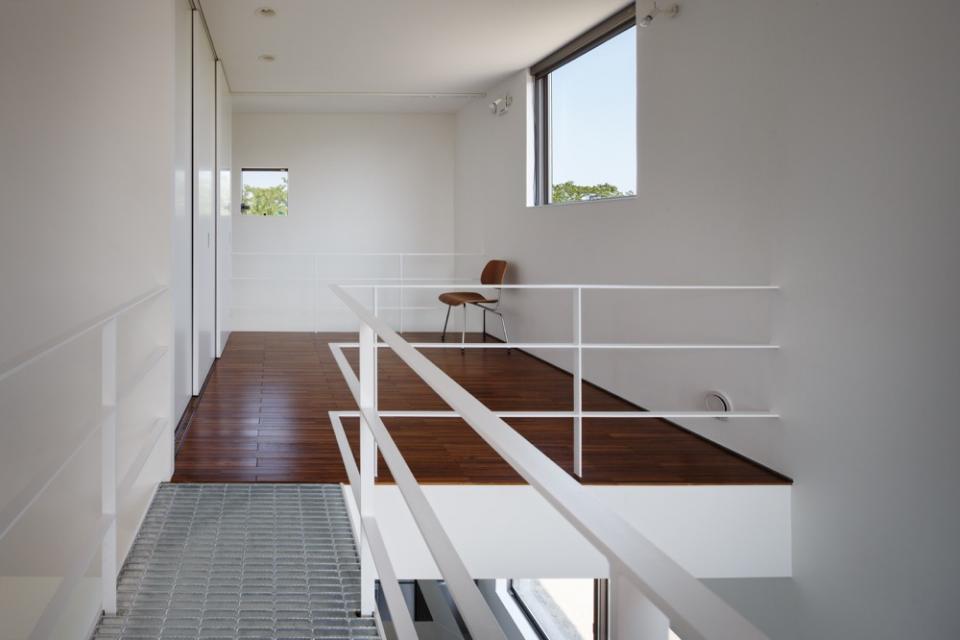 ギャラリーに住まう狭小住宅の写真1