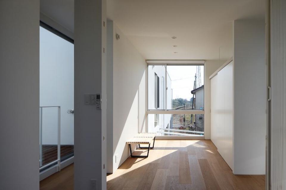 距離によって新たな身体的関係性をもたらす住居の写真7