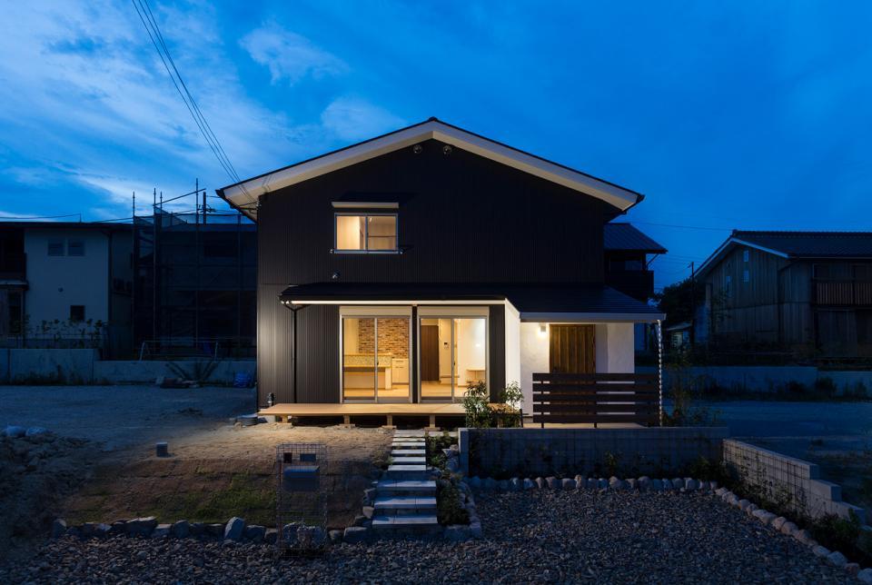 ブランコのある夢の家の写真0