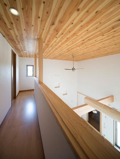 ブランコのある夢の家の写真4
