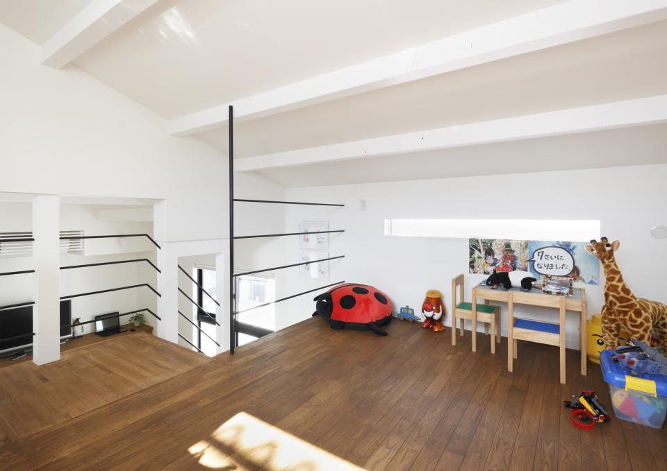 5段の距離がいい -程よい距離感の二世帯住宅 長屋のフルリノベーション-の写真6