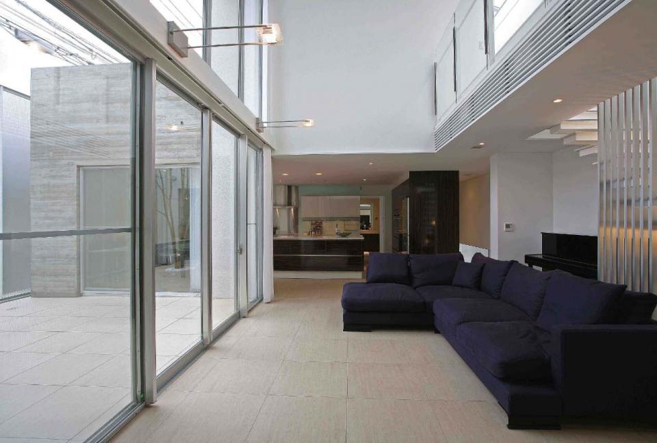 光を貯める家の写真2