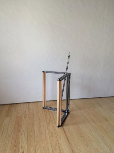 組立て家具(テーブル脚)の写真0