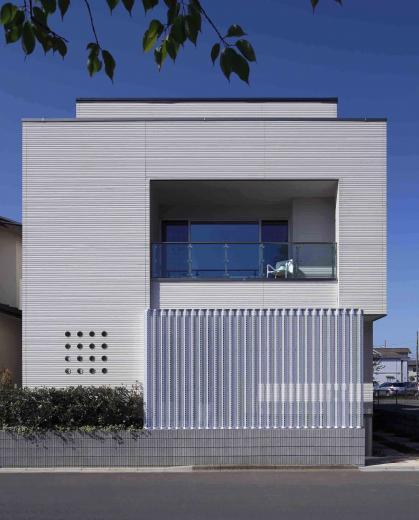 「シンプル×モダン」住宅の写真0