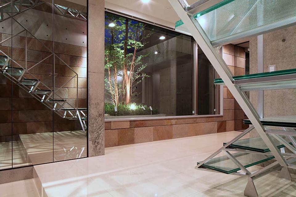 二段テラスの家の写真10
