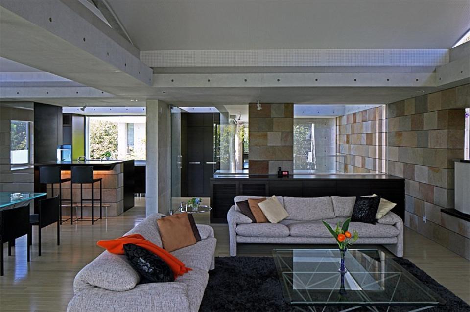 二段テラスの家の写真13