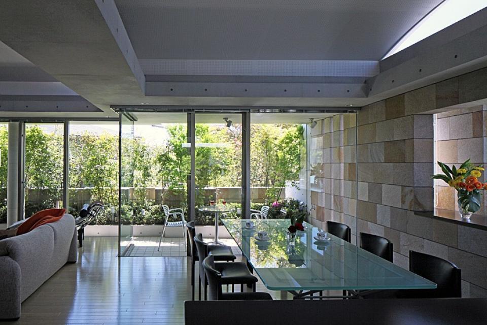 二段テラスの家の写真4