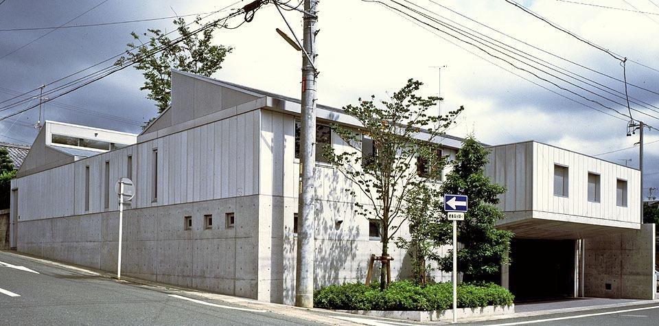 H型コートハウスの写真0