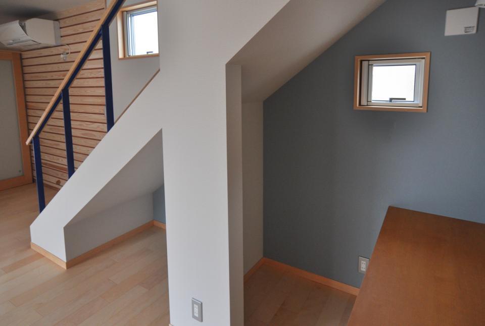 室内と庭空間 敷地を一体化する三角形プランの写真19