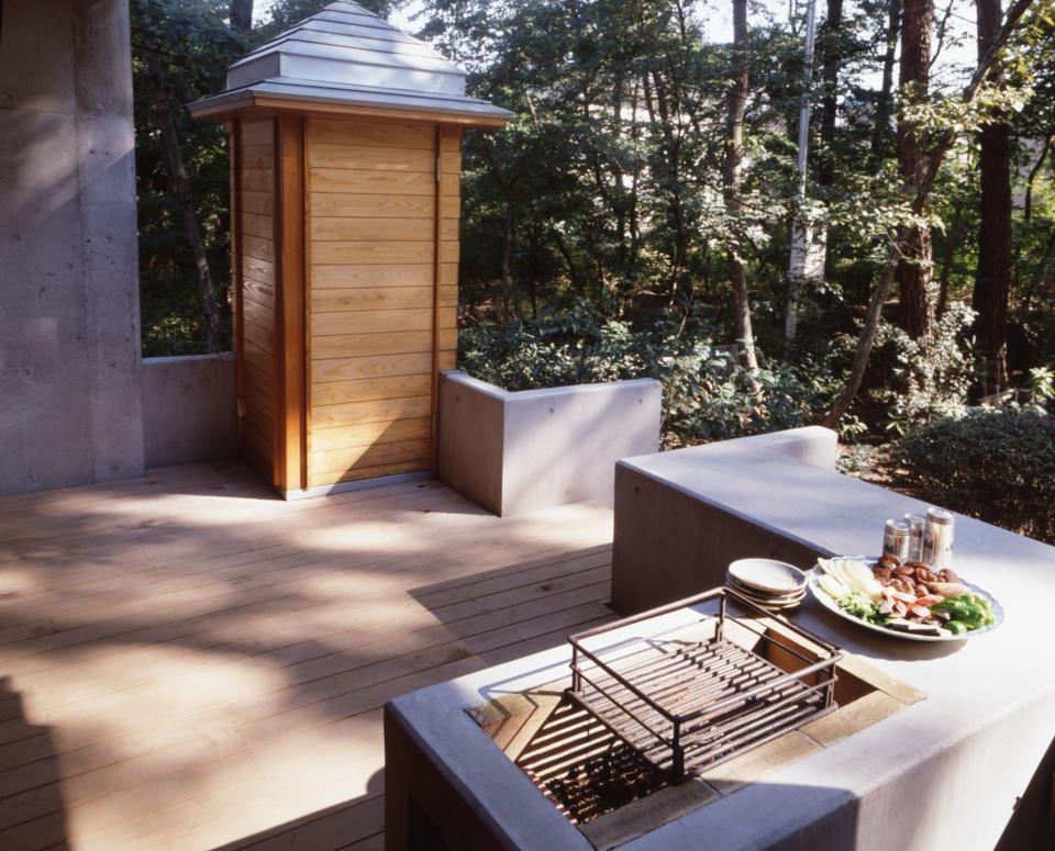 【雑木林の中の回遊住宅】屋上庭園に点在するアトリエの写真9