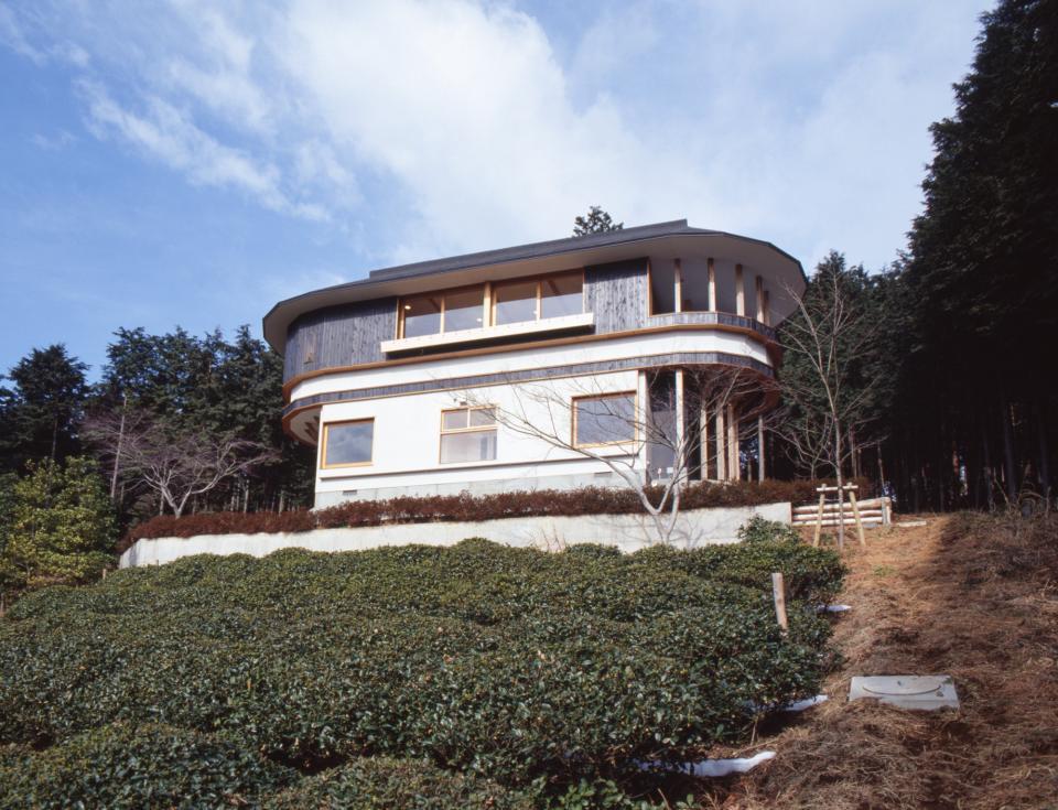 顔振峠 山頂の週末住宅(飯能市)【空と稜線の間で】の写真1