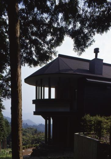 顔振峠 山頂の週末住宅(飯能市)【空と稜線の間で】の写真3