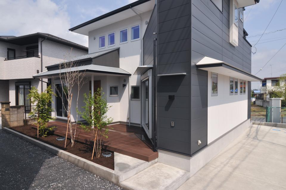 T字路の突き当たり:クルマとヒトを分離する家の写真2