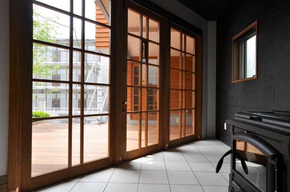 雛壇ステージ&中庭デッキテラスの家の写真14