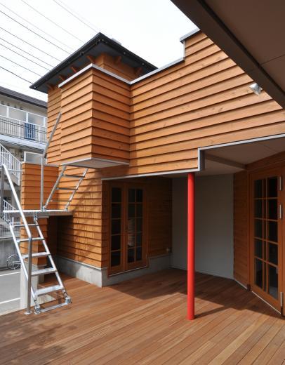 雛壇ステージ&中庭デッキテラスの家の写真5