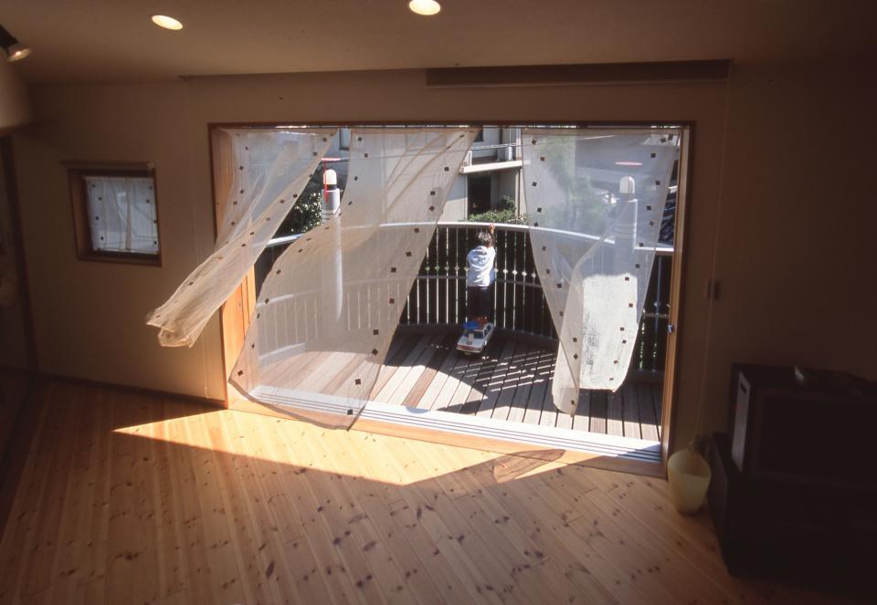 2階リビング&円形バルコニーの2世帯住宅の写真0