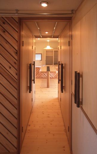 2階リビング&円形バルコニーの2世帯住宅の写真10