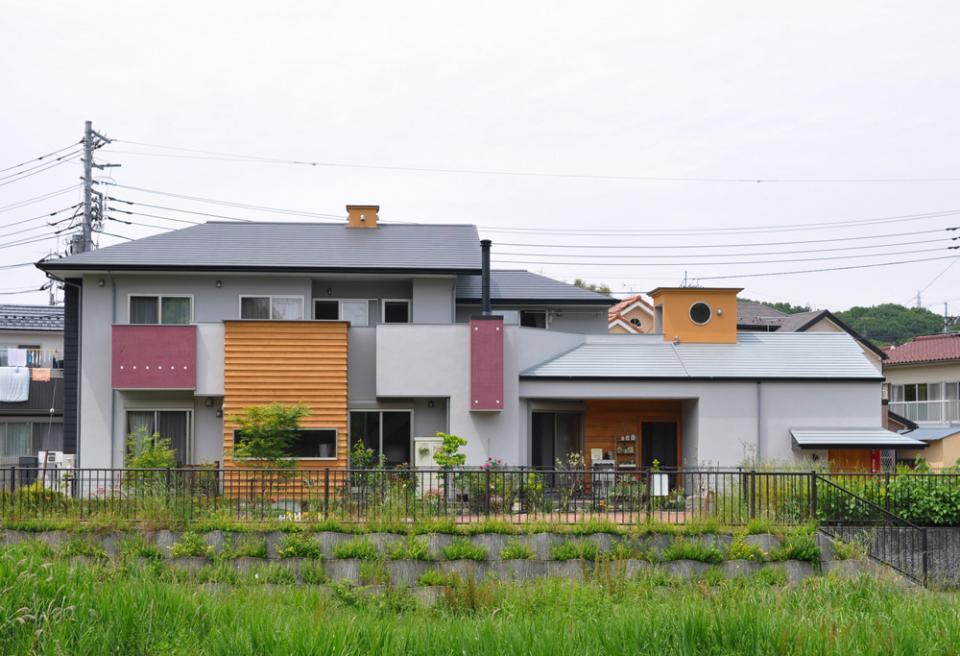 ガレージ&ロフト 吹き抜けリビングの家の写真0