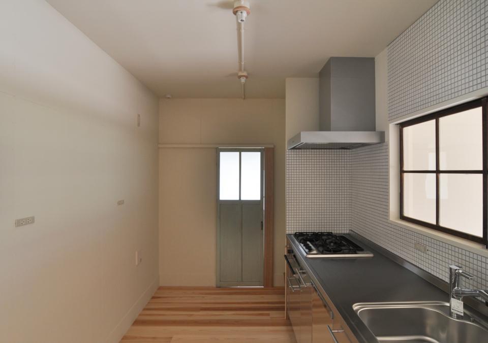 アンティーク部材(施主支給)と塗装仕上げの家の写真10