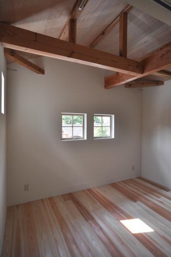 アンティーク部材(施主支給)と塗装仕上げの家の写真16