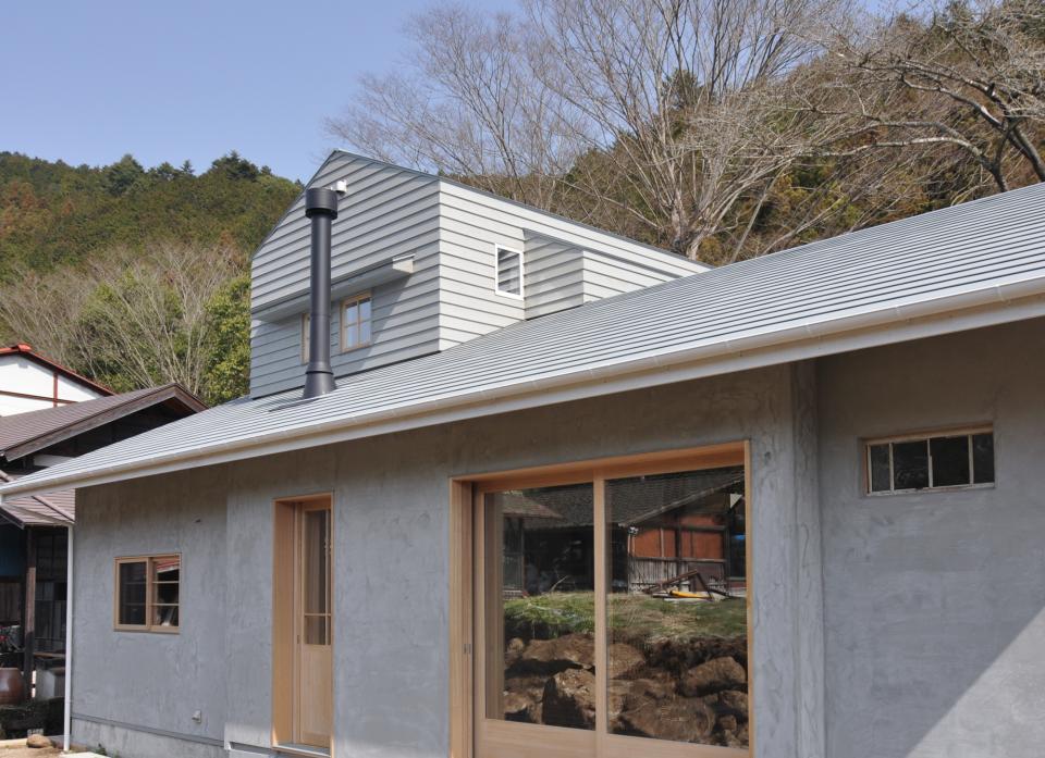 アンティーク部材(施主支給)と塗装仕上げの家の写真18