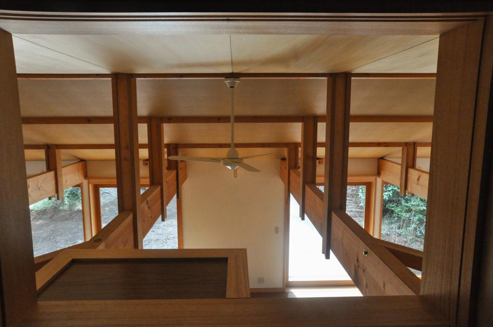 武蔵野・雑木林の中に建つ平屋の写真12