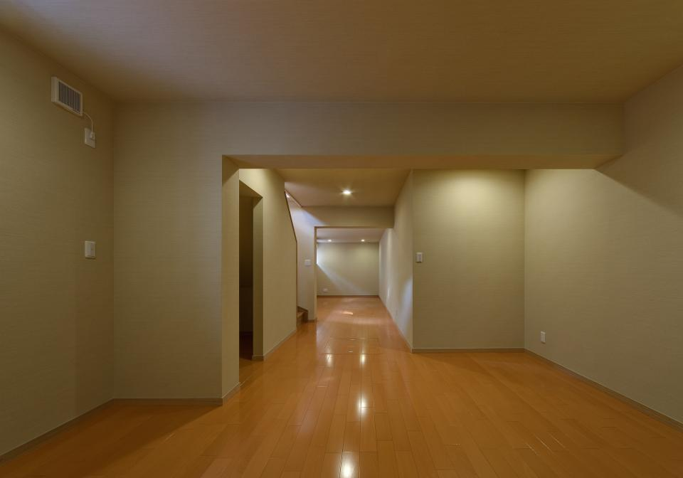 極小住宅 鉄筋コンクリート造 (3F+B1)の縦方向の広がりの写真13
