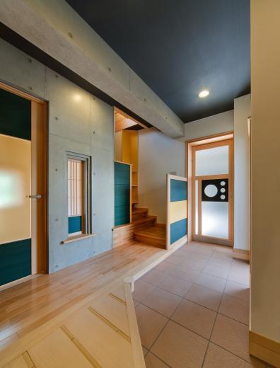 極小住宅 鉄筋コンクリート造 (3F+B1)の縦方向の広がりの写真5