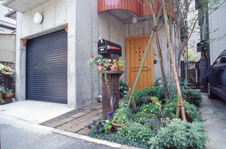 [1F:RC造+2.3F:木造の混構造] 極小3階建て住宅の写真4