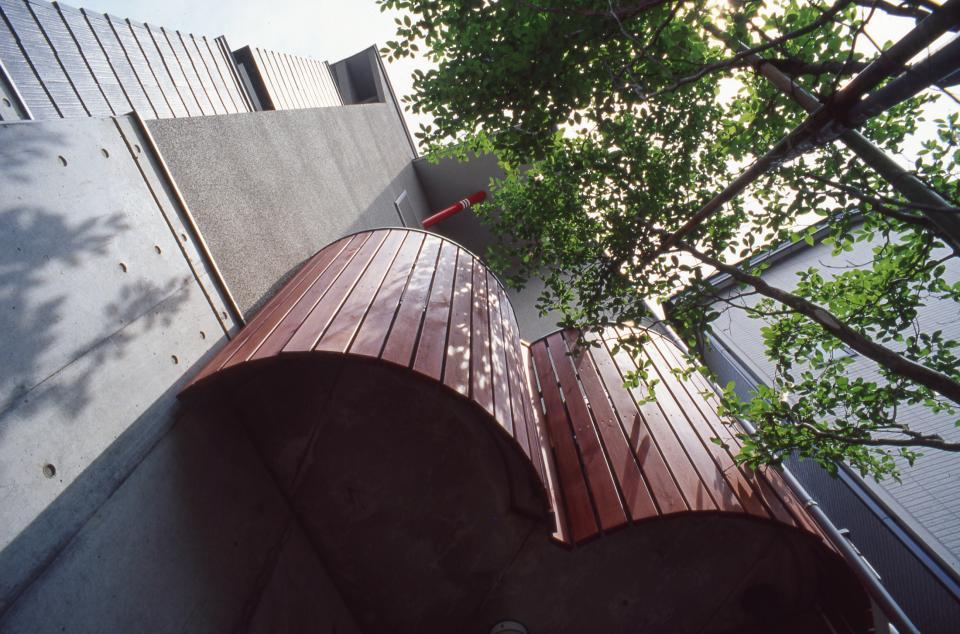 [1F:RC造+2.3F:木造の混構造] 極小3階建て住宅の写真5
