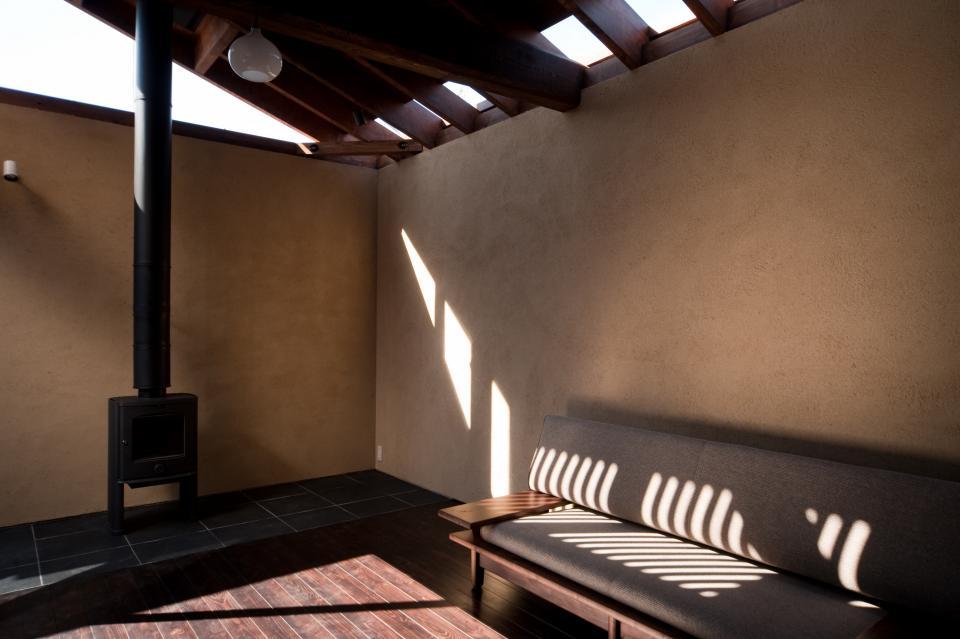 やさしい光がある和モダン(レトロモダン)の家の写真1