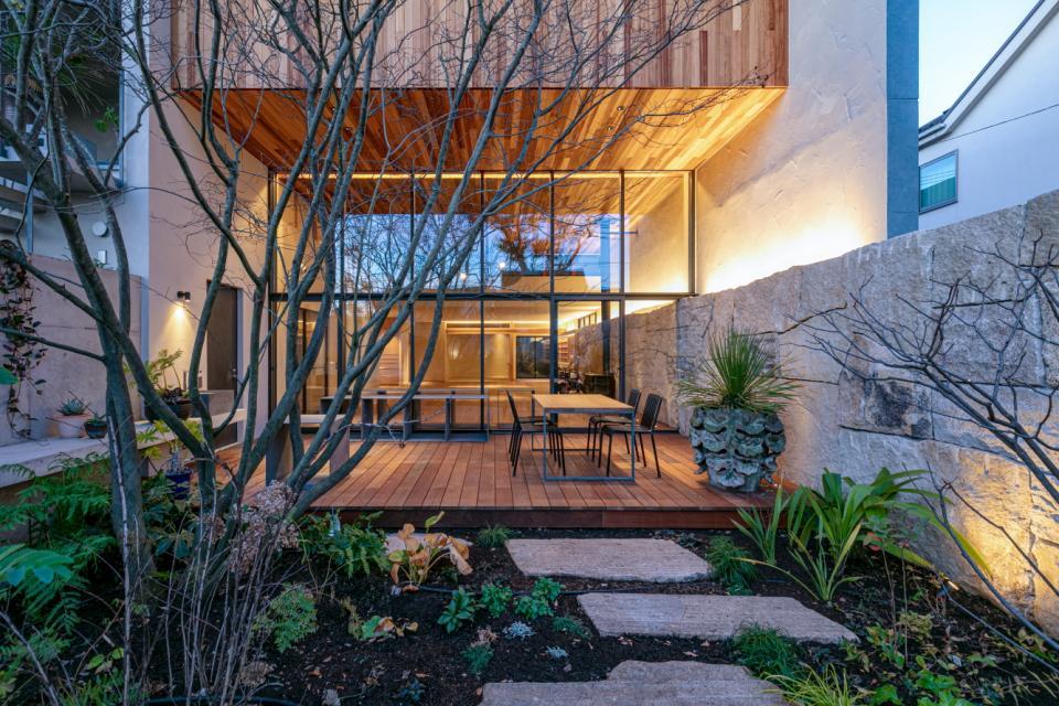 植物と生活する家の写真2