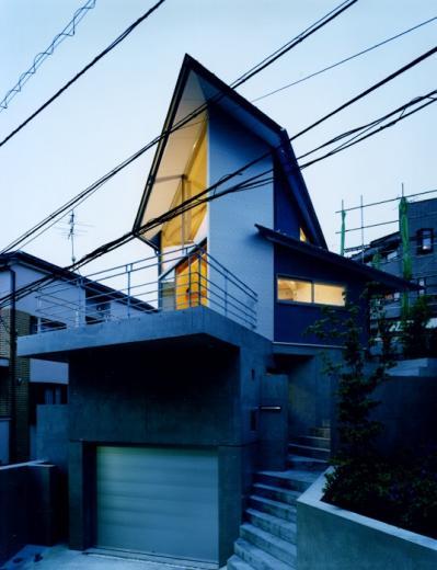 丘を望む家の写真0