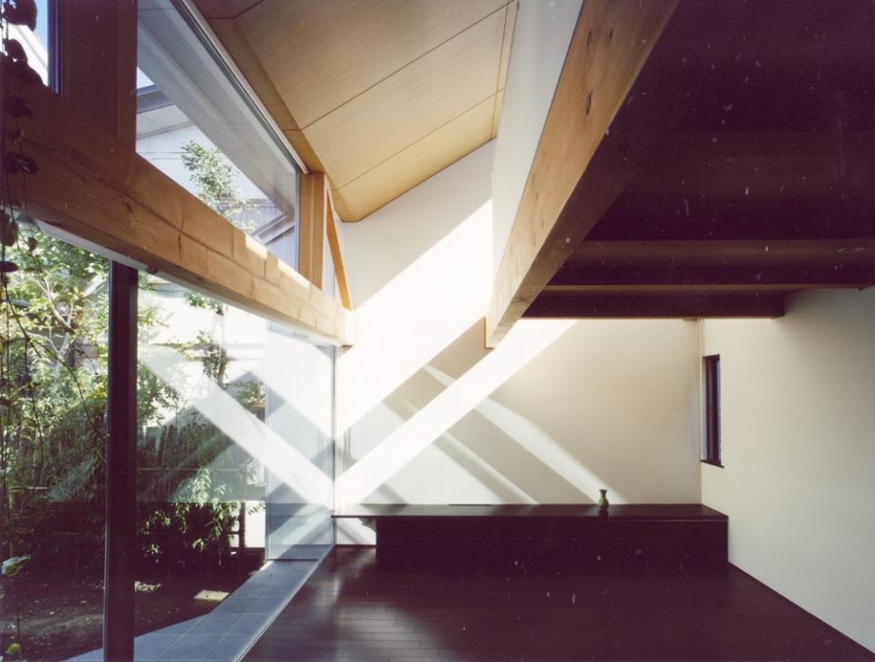 光をつなぐ家の写真4