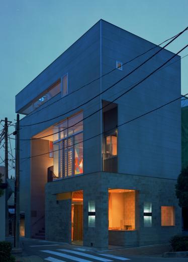土瑠茶ビルの写真1