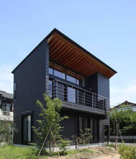 【Trilogy (三部作) − 北の家】 3つの分譲宅地で1つの世界をつくるの写真0