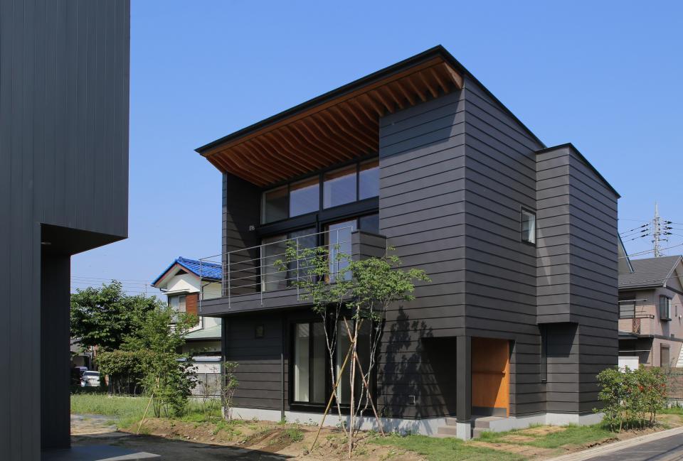 【Trilogy (三部作) − 北の家】 3つの分譲宅地で1つの世界をつくるの写真1