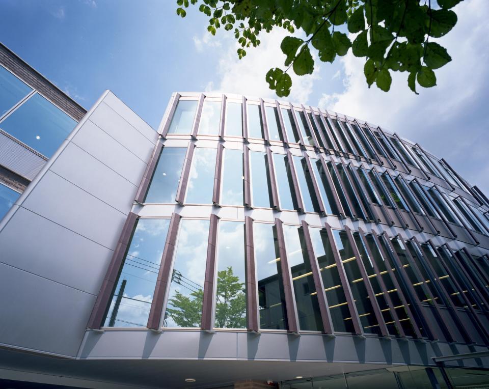 童心社本社ビルの写真2